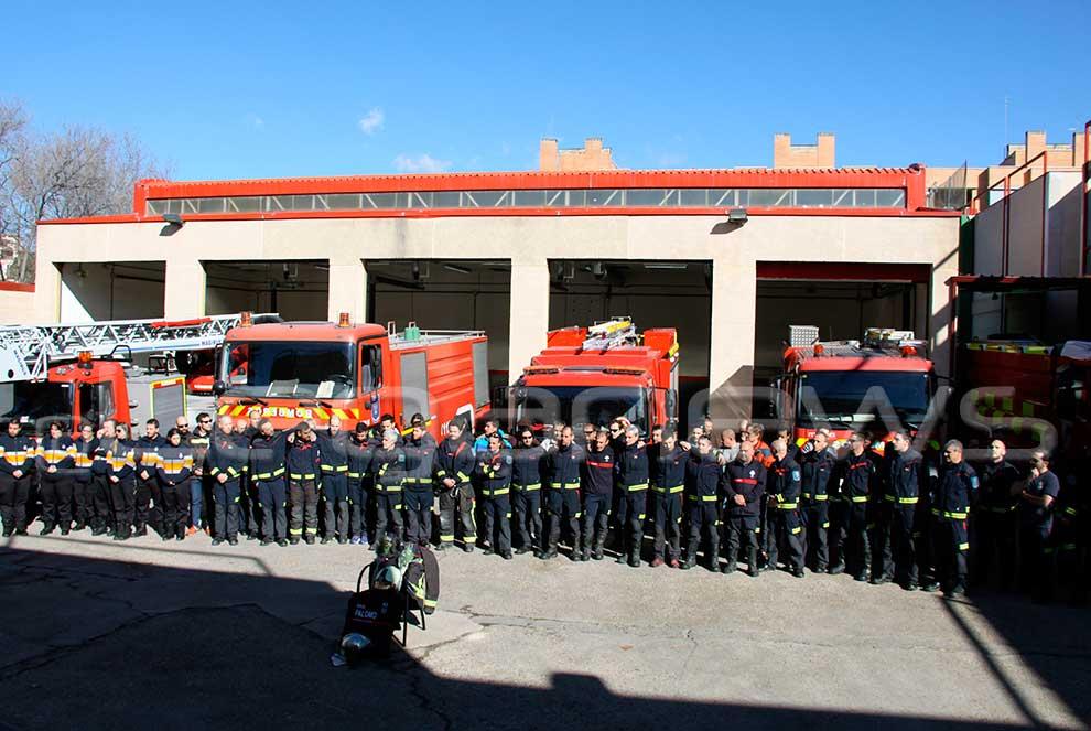 Sentido homenaje de los bomberos a su compañero Raúl (DEP ...