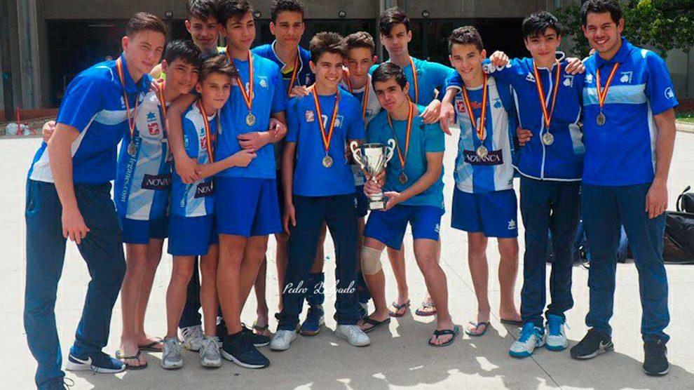 voleibol-infantil-masculino-16-17-subcampeon-de-España