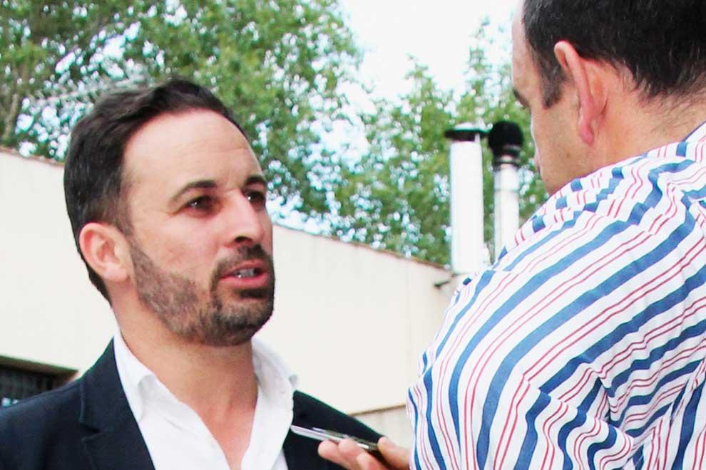 santiago-abascal-entrevista-leganes2