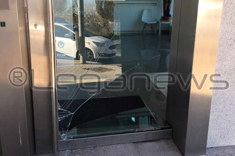 clinica-vereda-puerta-reventada robo